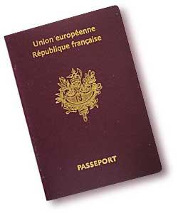 voyage l tranger n oubliez pas votre passeport dans votre sac de voyage voyage et valise. Black Bedroom Furniture Sets. Home Design Ideas